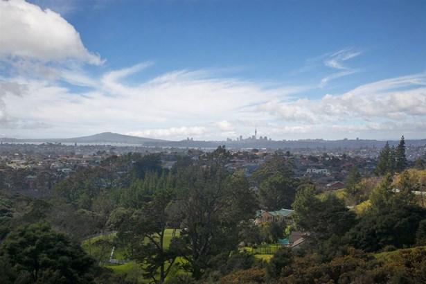 164 Candia Road, Henderson, Auckland - NZL (photo 1)