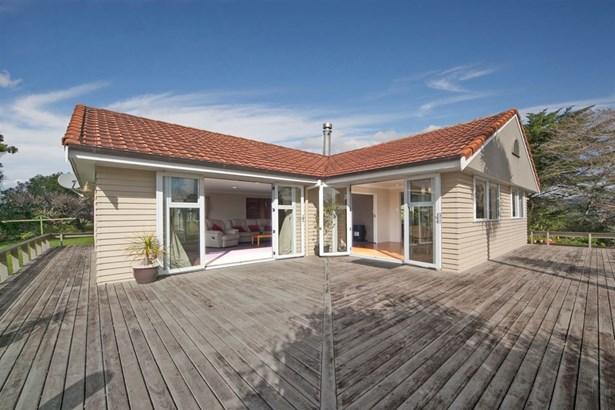 164 Candia Road, Henderson, Auckland - NZL (photo 3)