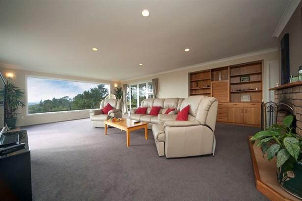 164 Candia Road, Henderson, Auckland - NZL (photo 4)