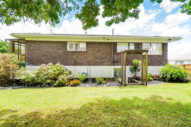 1/98a Birkdale Road, Birkdale, Auckland - NZL (photo 3)