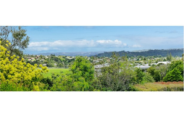 1/98a Birkdale Road, Birkdale, Auckland - NZL (photo 4)