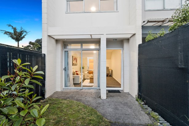 1/71 Asquith Avenue, Mt Albert, Auckland - NZL (photo 2)