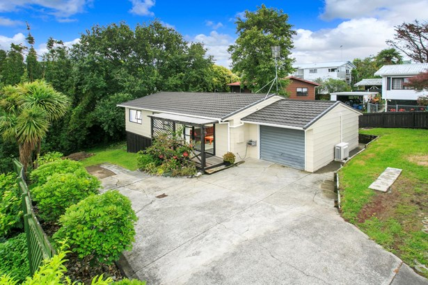 2/9 Eskdale Road, Birkdale, Auckland - NZL (photo 3)