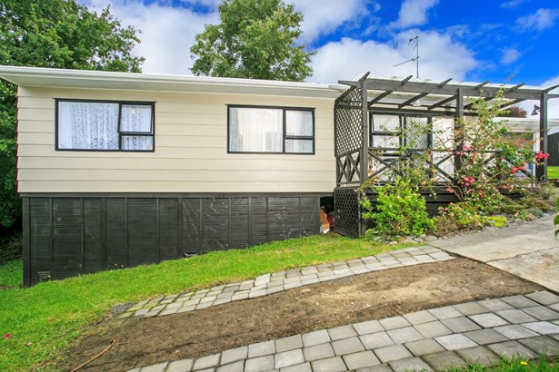 2/9 Eskdale Road, Birkdale, Auckland - NZL (photo 4)