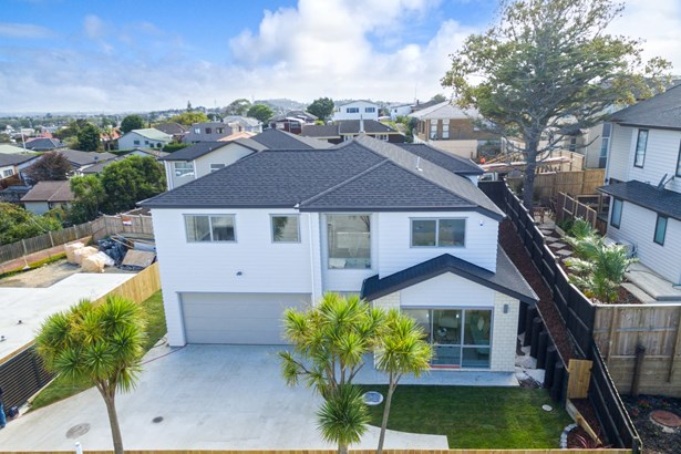 29a Florence Daly Place, Mt Roskill, Auckland - NZL (photo 2)