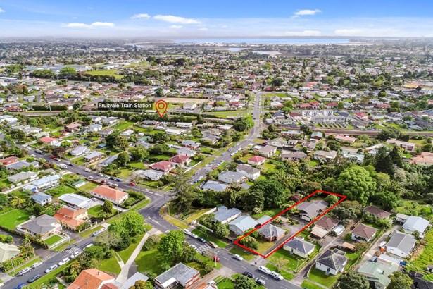 33a Northall Road, New Lynn, Auckland - NZL (photo 3)