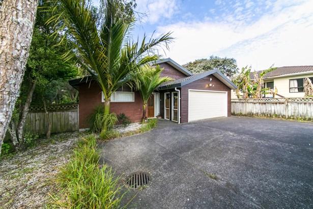 33a Northall Road, New Lynn, Auckland - NZL (photo 5)