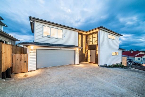 22 Milliken Avenue, Mt Roskill, Auckland - NZL (photo 1)