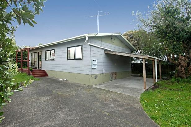 2/3368 Great North Road, Glen Eden, Auckland - NZL (photo 1)