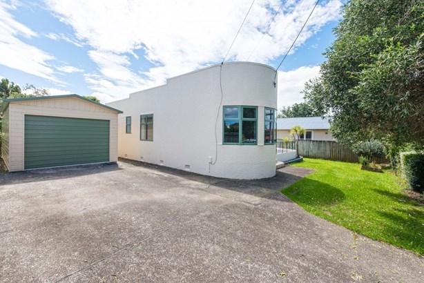 76 Archibald Road, Kelston, Auckland - NZL (photo 1)