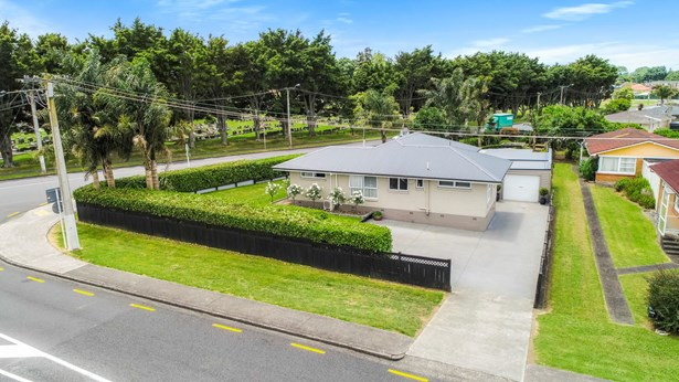 5 Settlement Road, Papakura, Auckland - NZL (photo 3)