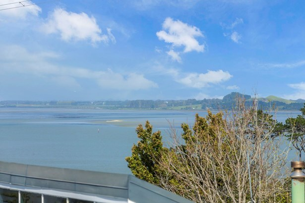 22b Mitchell Street, Blockhouse Bay, Auckland - NZL (photo 5)