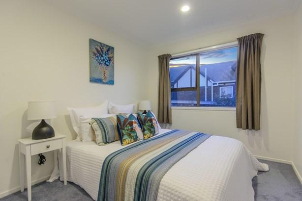 5 Everingham Place, Sunnyhills, Auckland - NZL (photo 4)