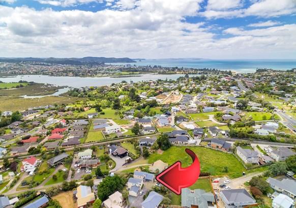 23b Jelas Road, Red Beach, Auckland - NZL (photo 2)