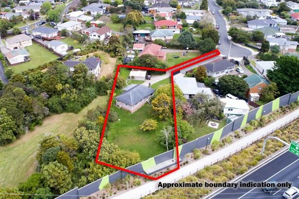 27 Paton Avenue, Te Atatu South, Auckland - NZL (photo 4)