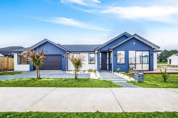 2 Walter Ruddock Avenue, Huapai, Auckland - NZL (photo 3)