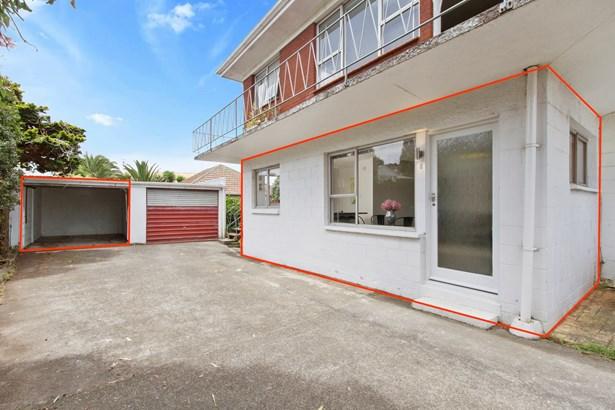 8/138 Richardson Road, Mt Albert, Auckland - NZL (photo 2)