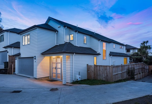 44b Bayview Road, Browns Bay, Auckland - NZL (photo 2)