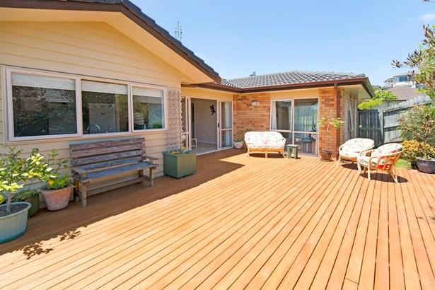 30 Driftwood Drive, Red Beach, Auckland - NZL (photo 3)