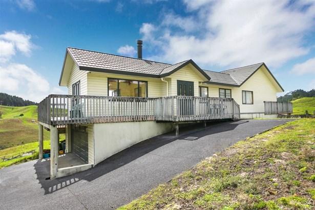 24 Gum Road, Henderson Valley, Auckland - NZL (photo 3)