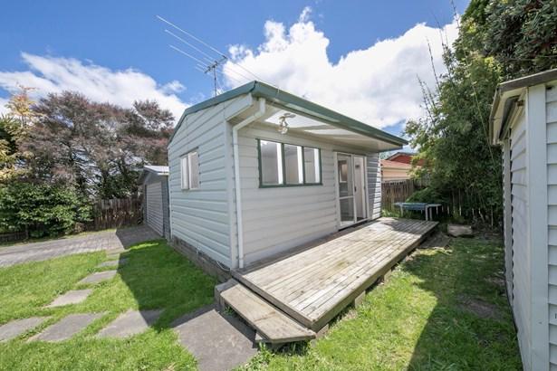 7 Tangelo Place, Bucklands Beach, Auckland - NZL (photo 2)