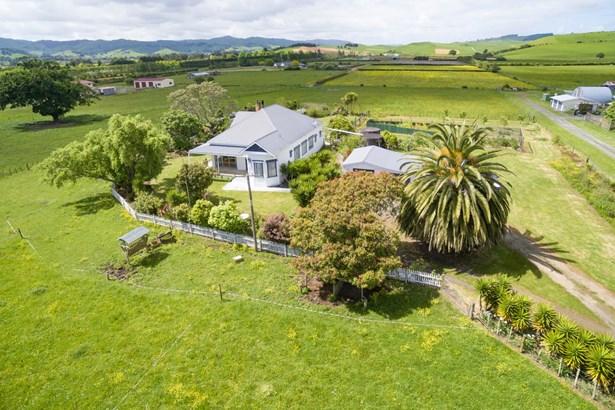 1053 Taniwha Road, Te Kauwhata, Waikato District - NZL (photo 2)
