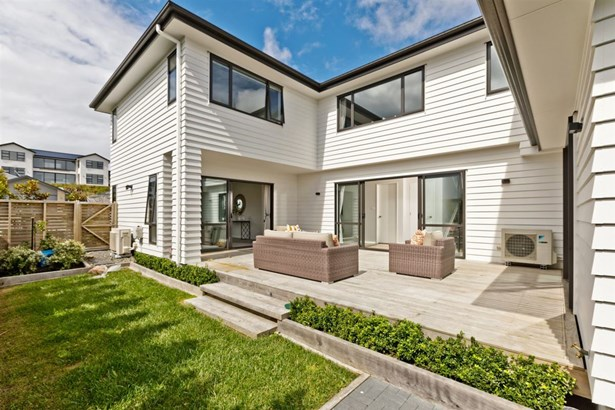 84 Madison Terrace, Silverdale, Auckland - NZL (photo 3)
