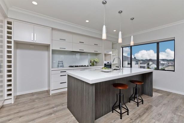 84 Madison Terrace, Silverdale, Auckland - NZL (photo 4)