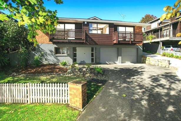 11 Crown Hill Close, Forrest Hill, Auckland - NZL (photo 3)