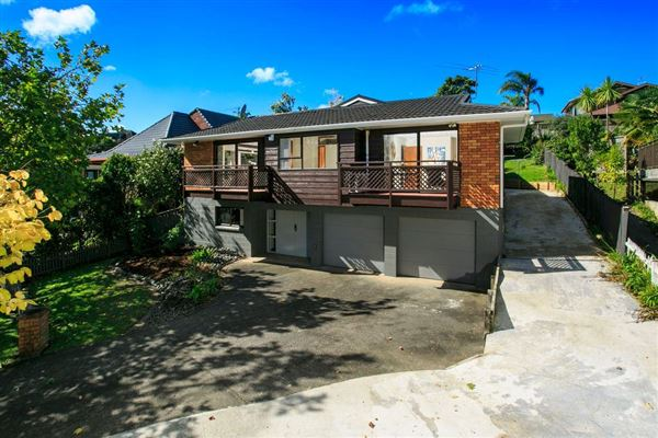 11 Crown Hill Close, Forrest Hill, Auckland - NZL (photo 5)