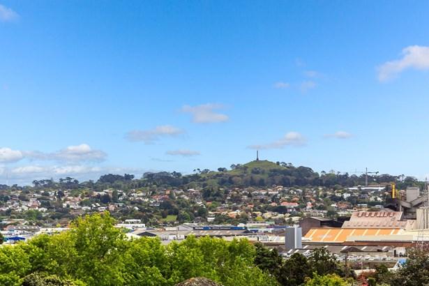 19 Portman Road, Mt Wellington, Auckland - NZL (photo 1)