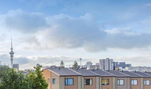 1r/16 Burton Street, Eden Terrace, Auckland - NZL (photo 1)