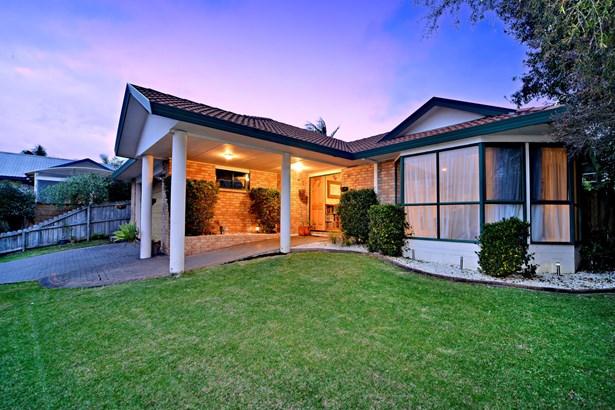 6 Hagen Close, Golflands, Auckland - NZL (photo 3)