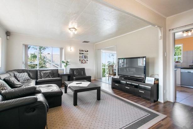 72 Astley Avenue, New Lynn, Auckland - NZL (photo 3)