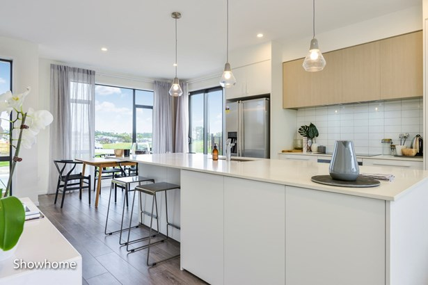 198 Seventh View Avenue, Beachlands, Auckland - NZL (photo 4)