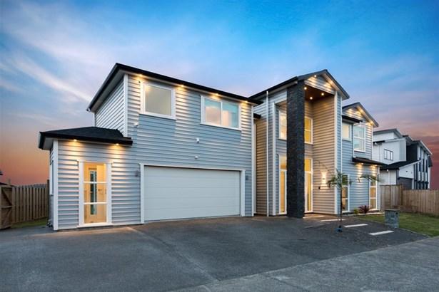 20 Spyglass Street, Red Beach, Auckland - NZL (photo 2)