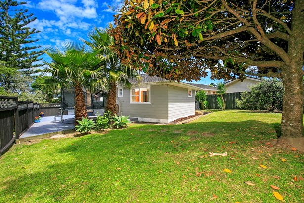 36 Hellyers Street, Birkdale, Auckland - NZL (photo 2)