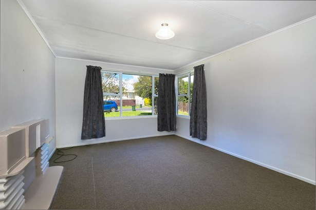 136 Tennessee Avenue, Mangere East, Auckland - NZL (photo 3)