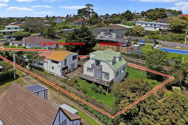 2/18 Verbena Road, Birkdale, Auckland - NZL (photo 1)