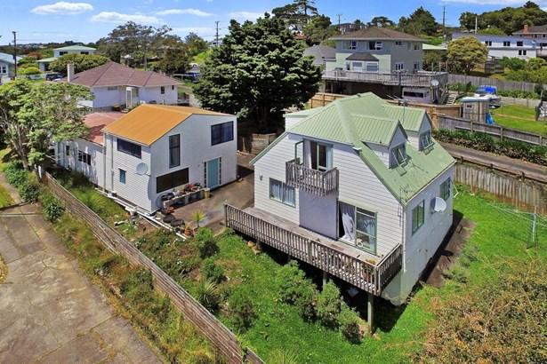 2/18 Verbena Road, Birkdale, Auckland - NZL (photo 2)
