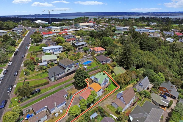 2/18 Verbena Road, Birkdale, Auckland - NZL (photo 3)