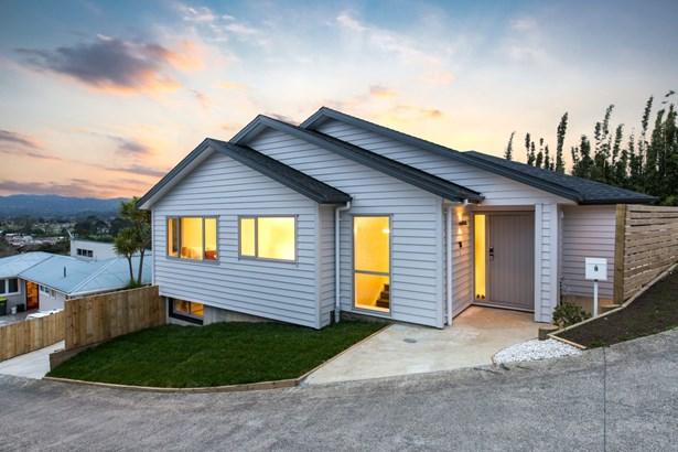 9 Western View Court, Sunnyvale, Auckland - NZL (photo 4)