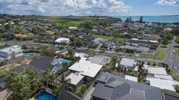 17 Nihill Crescent, Mission Bay, Auckland - NZL (photo 3)