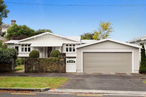 6 Alexis Avenue, Mt Albert, Auckland - NZL (photo 2)