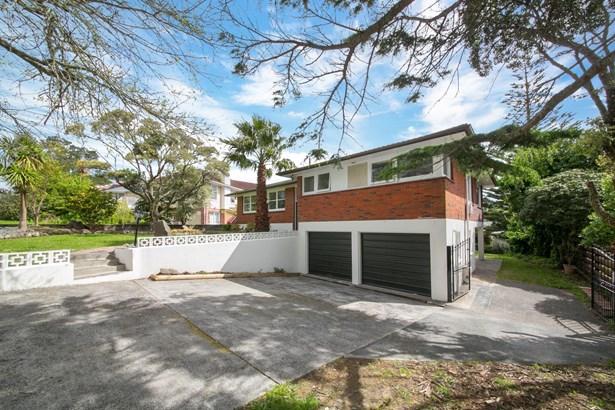 14 Hibiscus Place, Hillsborough, Auckland - NZL (photo 2)