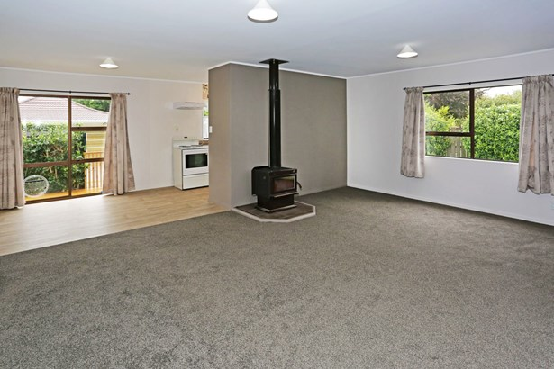 79b Beach Road, Pahurehure, Auckland - NZL (photo 3)