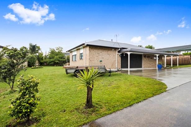 65d View Road, Henderson, Auckland - NZL (photo 2)