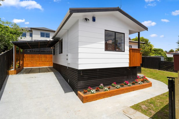 17a Cleghorn Avenue, Three Kings, Auckland - NZL (photo 4)