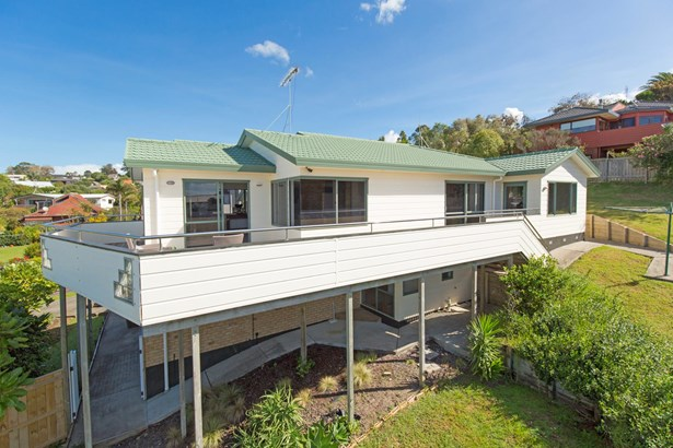 53 William Bayes Place, Red Beach, Auckland - NZL (photo 3)