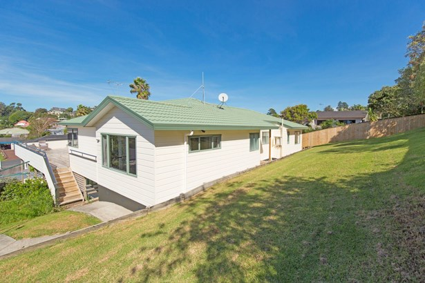 53 William Bayes Place, Red Beach, Auckland - NZL (photo 4)